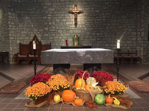 Awesome Church Decoration Ideas For Thanksgiving 01