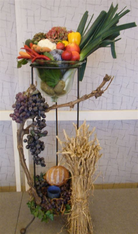 Awesome Church Decoration Ideas For Thanksgiving 06