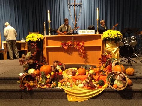 Awesome Church Decoration Ideas For Thanksgiving 07
