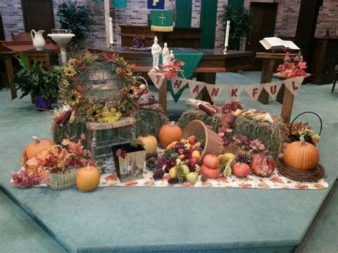 Awesome Church Decoration Ideas For Thanksgiving 15