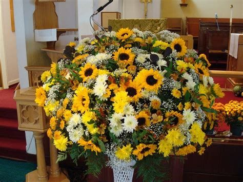 Awesome Church Decoration Ideas For Thanksgiving 19