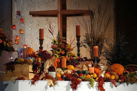 Awesome Church Decoration Ideas For Thanksgiving 27