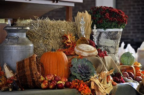 Awesome Church Decoration Ideas For Thanksgiving 31