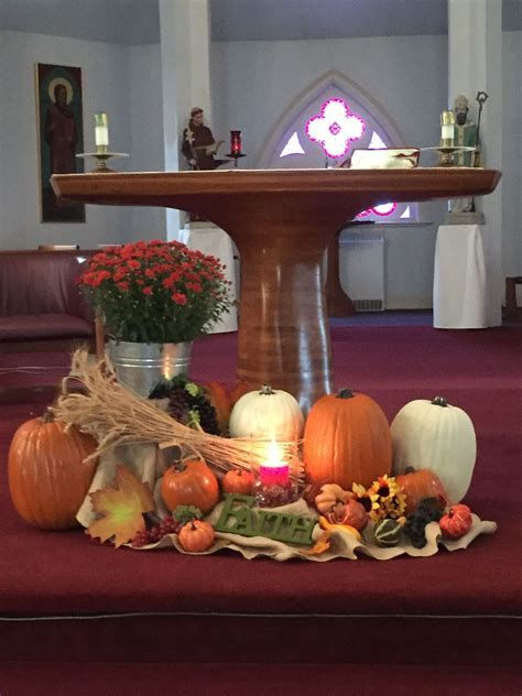 Awesome Church Decoration Ideas For Thanksgiving 32