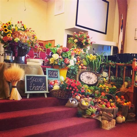 Awesome Church Decoration Ideas For Thanksgiving 33