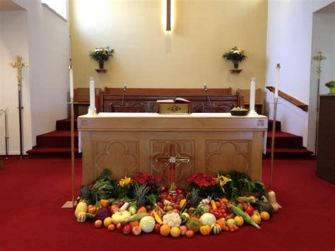 Awesome Church Decoration Ideas For Thanksgiving 35