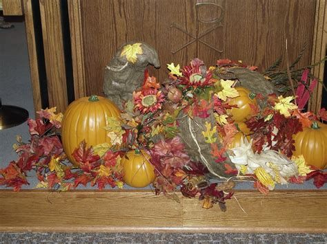Awesome Church Decoration Ideas For Thanksgiving 36