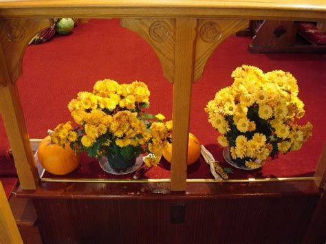 Awesome Church Decoration Ideas For Thanksgiving 42