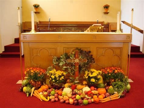 Awesome Church Decoration Ideas For Thanksgiving 43