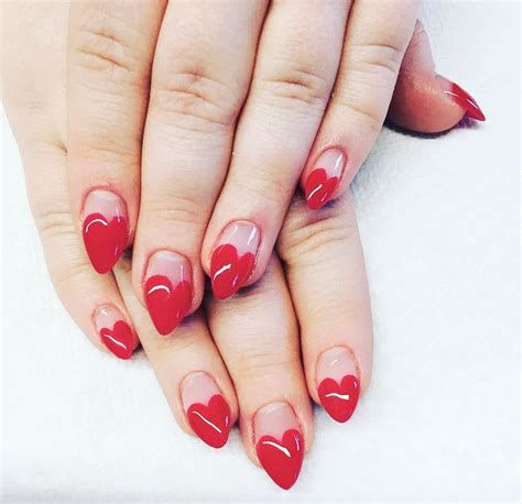 Beautiful Nail Designs For Valentines Day 02