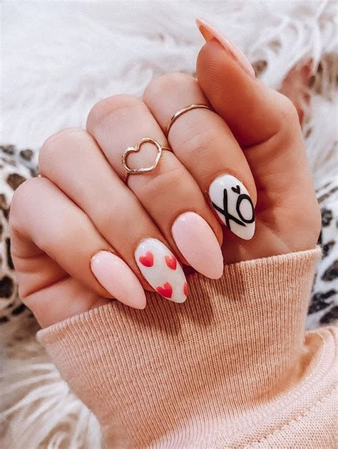 Beautiful Nail Designs For Valentines Day 20