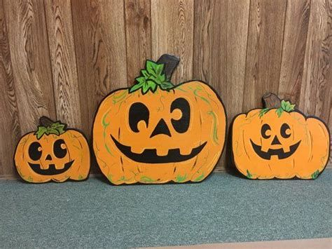 Beautiful Wooden Pumpkins For Yard 03