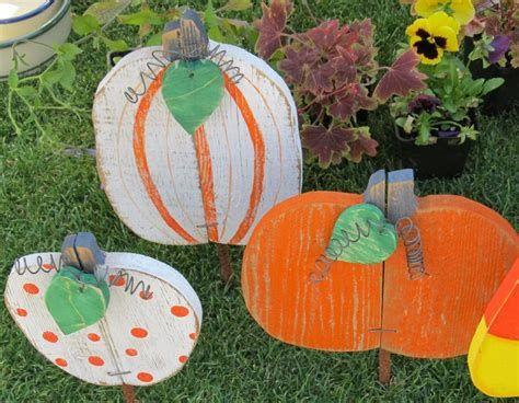Beautiful Wooden Pumpkins For Yard 05