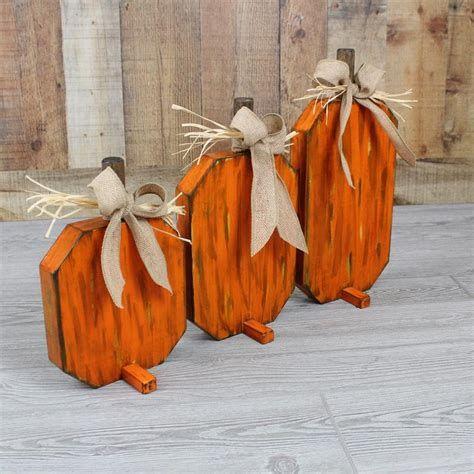 Beautiful Wooden Pumpkins For Yard 07