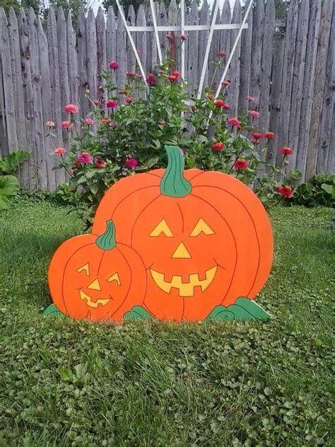 Beautiful Wooden Pumpkins For Yard 08