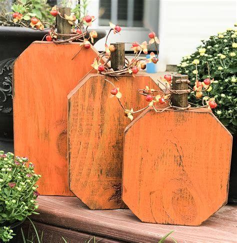 Beautiful Wooden Pumpkins For Yard 11