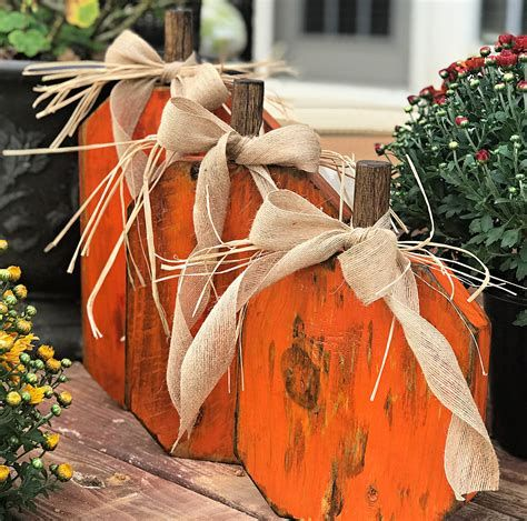 Beautiful Wooden Pumpkins For Yard 23
