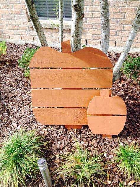 Beautiful Wooden Pumpkins For Yard 33