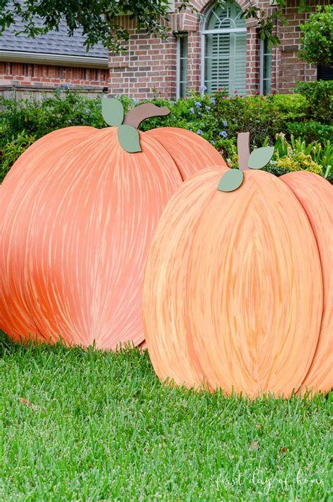 Beautiful Wooden Pumpkins For Yard 44