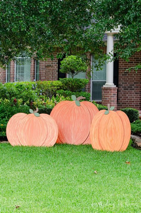 Beautiful Wooden Pumpkins For Yard 45