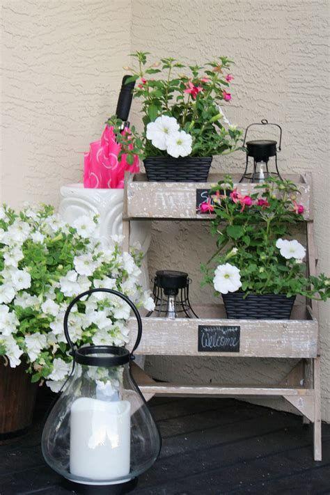 Comfortable Front Porch Decoration Ideas 01