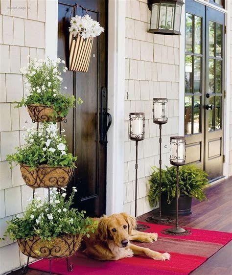 Comfortable Front Porch Decoration Ideas 07