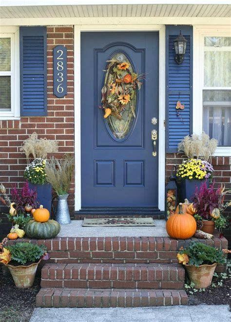 Comfortable Front Porch Decoration Ideas 16