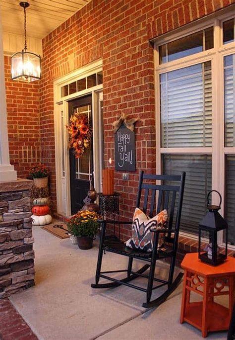 Comfortable Front Porch Decoration Ideas 22