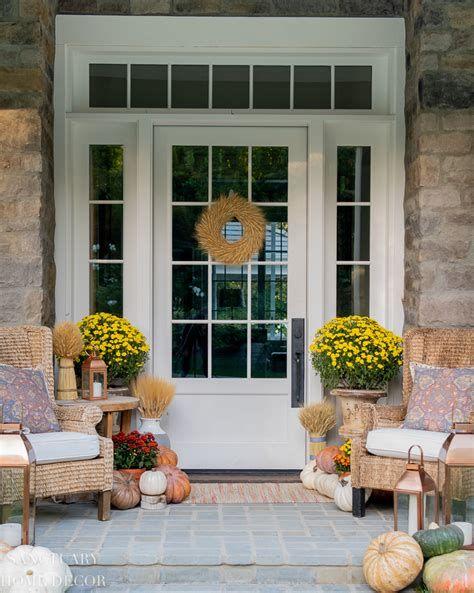 Comfortable Front Porch Decoration Ideas 34