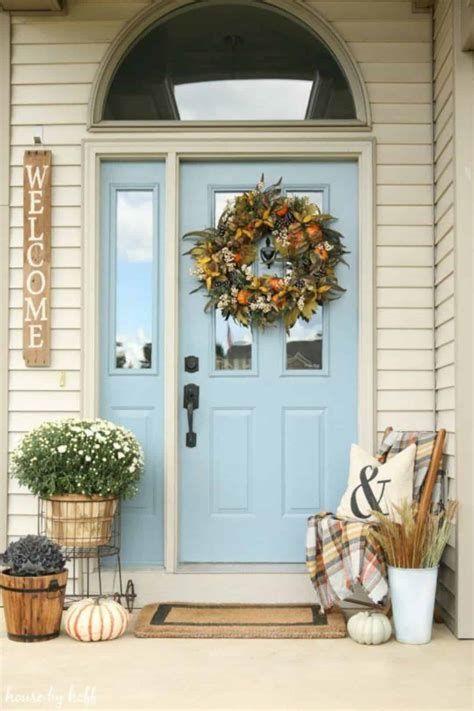 Comfortable Front Porch Decoration Ideas 42