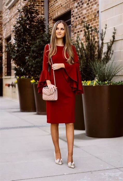 Comfortable Valentines Day Dinner Outfits 24