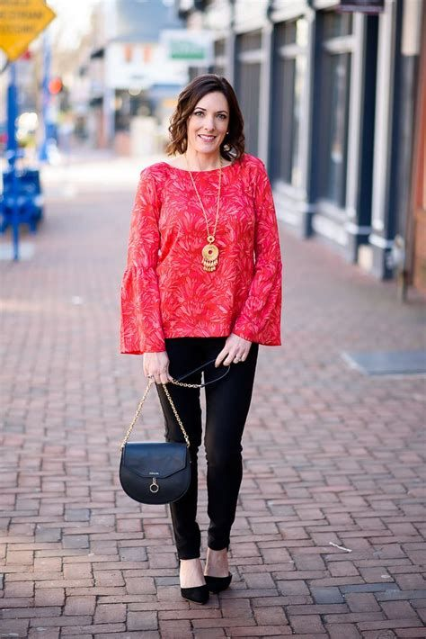 Comfortable Valentines Day Dinner Outfits 45