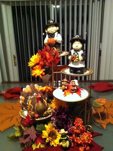 Cool Table Centerpiece For Thanksgiving 14