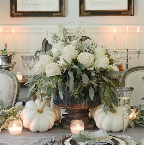 Cool Table Centerpiece For Thanksgiving 16