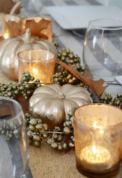 Cool Table Centerpiece For Thanksgiving 26