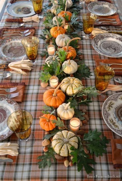 Cool Table Centerpiece For Thanksgiving 28