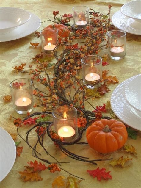 Cool Table Centerpiece For Thanksgiving 30