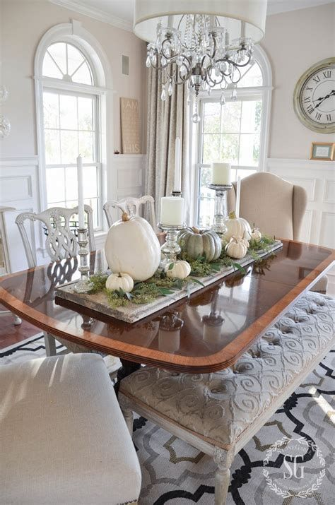 Cool Table Centerpiece For Thanksgiving 33
