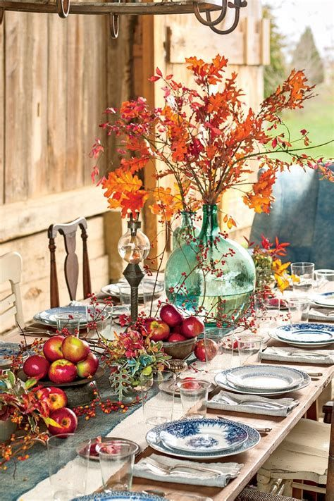 Cool Table Centerpiece For Thanksgiving 35