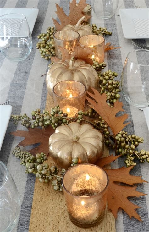 Cool Table Centerpiece For Thanksgiving 39