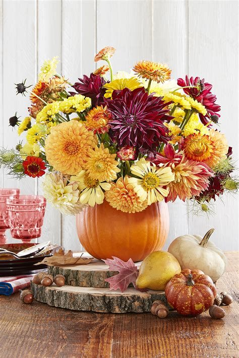Cool Table Centerpiece For Thanksgiving 41