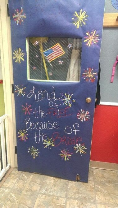 Cozy 4th Of July Door Decorations 27