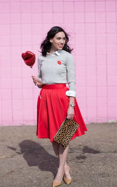 Cozy Valentines Day Party Outfit 06