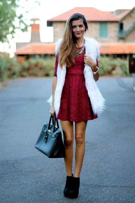 Cozy Valentines Day Party Outfit 09