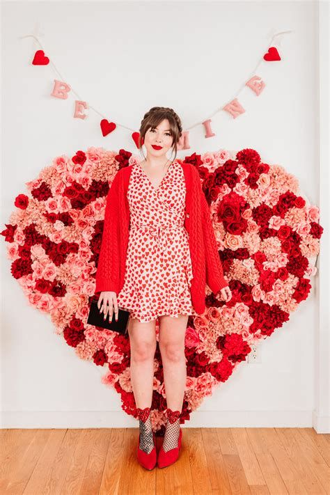 Cozy Valentines Day Party Outfit 37