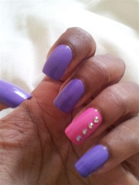 Creative Purple And Pink Nails 46