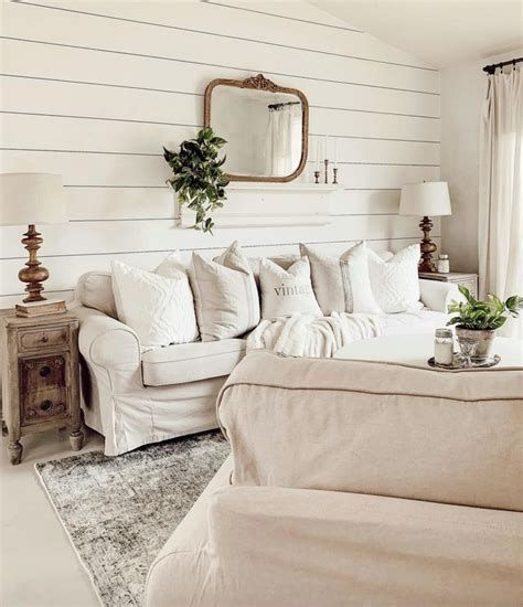 Creative Vintage Farmhouse Living Room 05