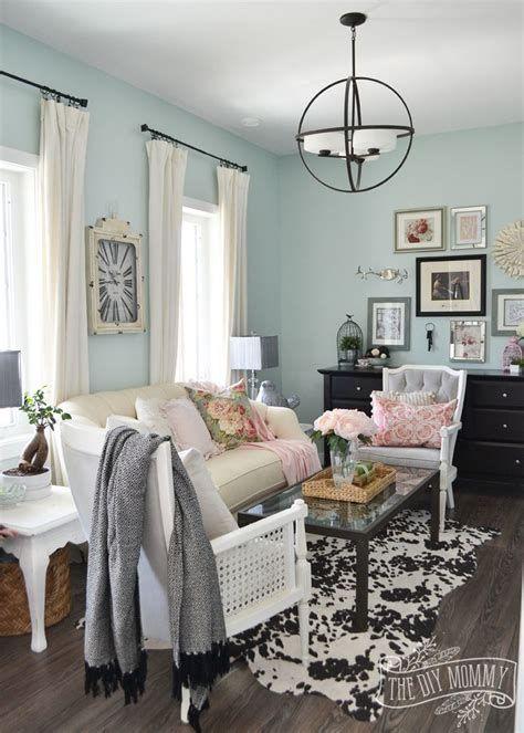Creative Vintage Farmhouse Living Room 17