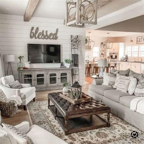 Creative Vintage Farmhouse Living Room 21