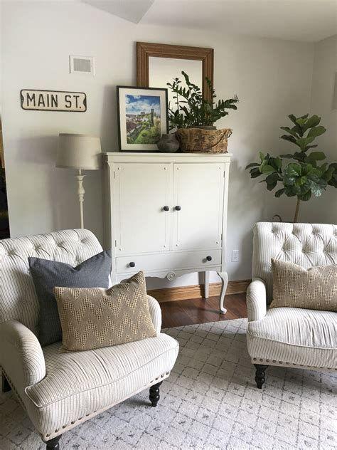 Creative Vintage Farmhouse Living Room 33